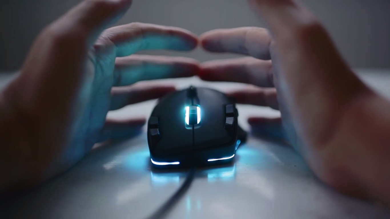 Roccat tyon lighting